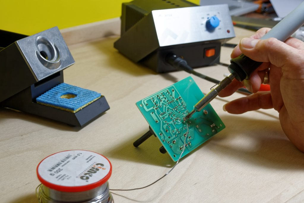 Best Soldering Helping Hands (and other circuit board holders)